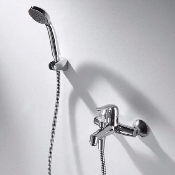 Смеситель для ванны с коротким изливом Bravat SIMPLE F6135193CP-B-RUS