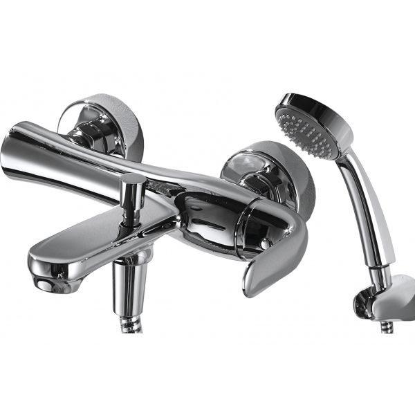 Смеситель для ванны с коротким изливом Bravat FLOW F671105C-B